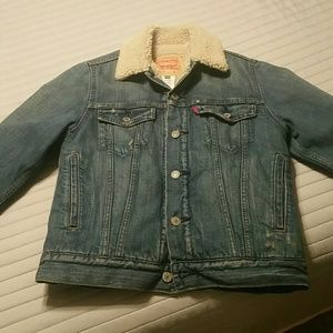 Women's Levi's lined jean jacket